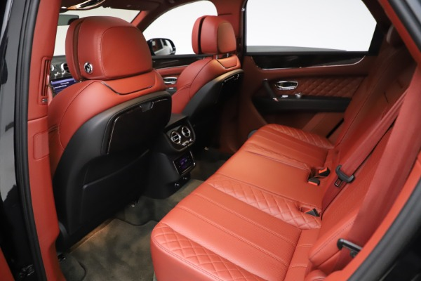 Used 2017 Bentley Bentayga W12 for sale $145,900 at Alfa Romeo of Greenwich in Greenwich CT 06830 22