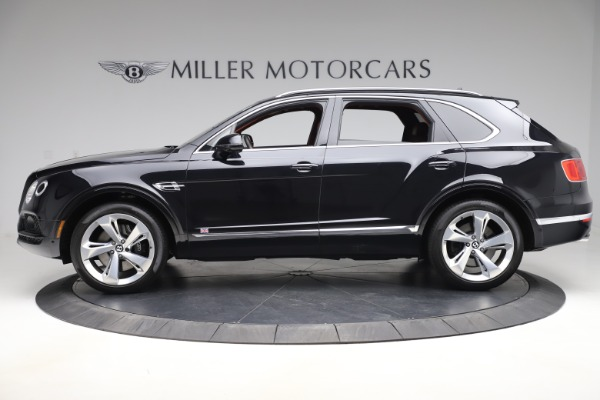 Used 2017 Bentley Bentayga W12 for sale $145,900 at Alfa Romeo of Greenwich in Greenwich CT 06830 3