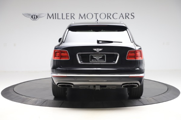 Used 2017 Bentley Bentayga W12 for sale $145,900 at Alfa Romeo of Greenwich in Greenwich CT 06830 6