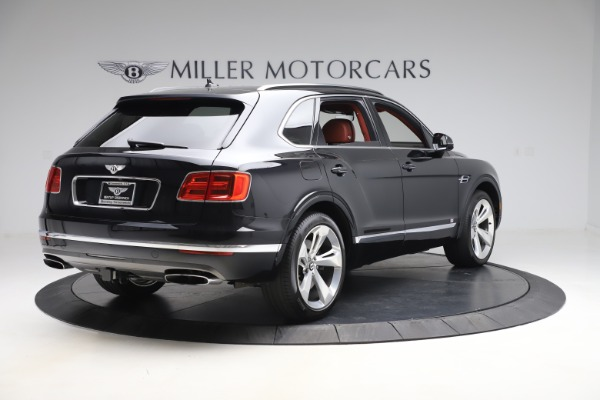Used 2017 Bentley Bentayga W12 for sale $145,900 at Alfa Romeo of Greenwich in Greenwich CT 06830 7