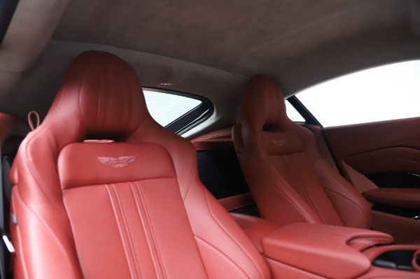 New 2020 Aston Martin Vantage for sale $177,481 at Alfa Romeo of Greenwich in Greenwich CT 06830 19