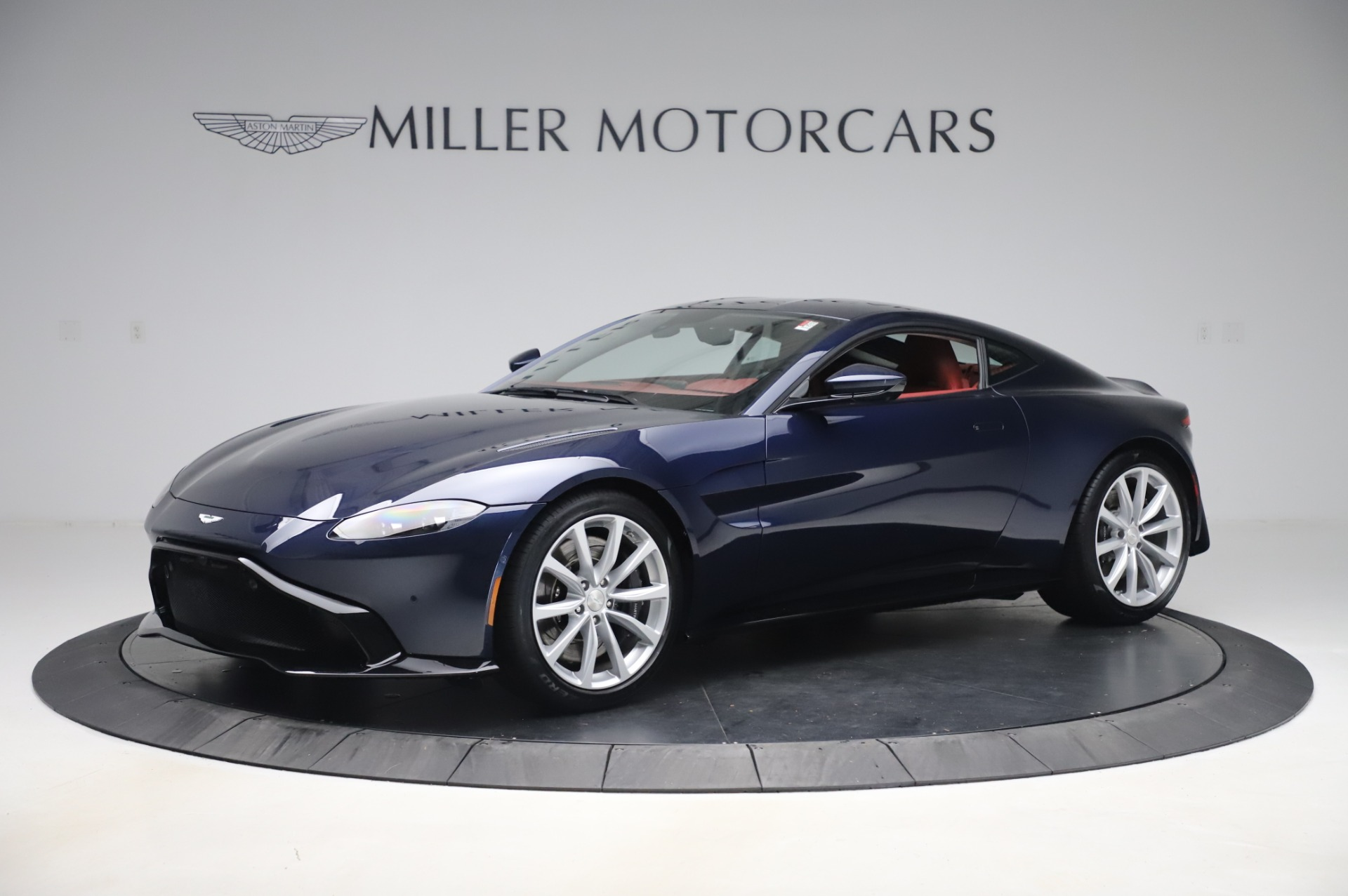 New 2020 Aston Martin Vantage Coupe for sale $177,481 at Alfa Romeo of Greenwich in Greenwich CT 06830 1