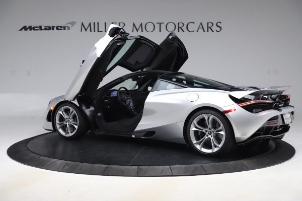 New 2020 McLaren 720S Performance for sale $347,550 at Alfa Romeo of Greenwich in Greenwich CT 06830 12