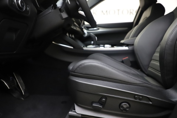 New 2020 Alfa Romeo Stelvio Ti Sport Q4 for sale $57,945 at Alfa Romeo of Greenwich in Greenwich CT 06830 14