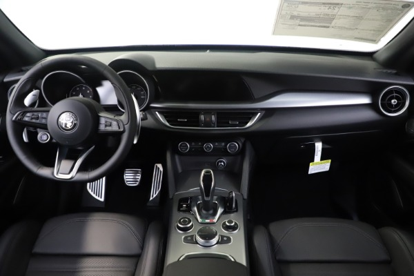 New 2020 Alfa Romeo Stelvio Ti Sport Q4 for sale $57,945 at Alfa Romeo of Greenwich in Greenwich CT 06830 16