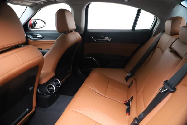 New 2020 Alfa Romeo Giulia Q4 for sale $46,395 at Alfa Romeo of Greenwich in Greenwich CT 06830 19