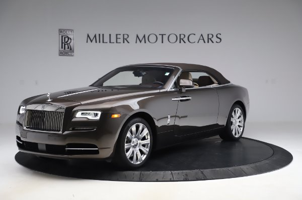 Used 2017 Rolls-Royce Dawn for sale Sold at Alfa Romeo of Greenwich in Greenwich CT 06830 13