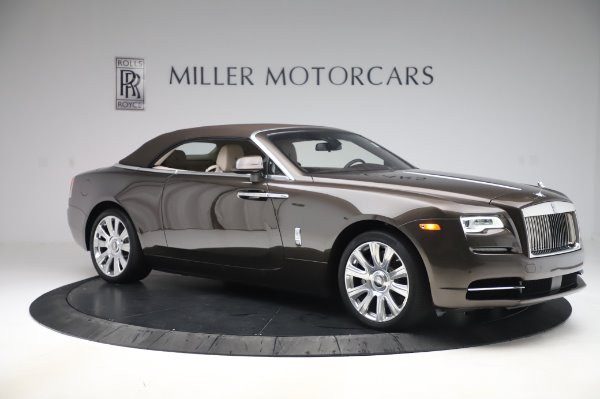 Used 2017 Rolls-Royce Dawn for sale $248,900 at Alfa Romeo of Greenwich in Greenwich CT 06830 19