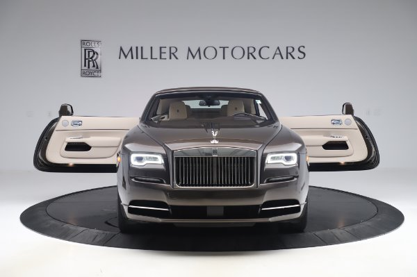 Used 2017 Rolls-Royce Dawn for sale Sold at Alfa Romeo of Greenwich in Greenwich CT 06830 20