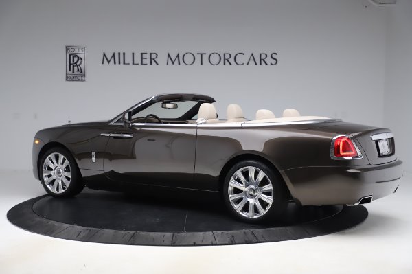 Used 2017 Rolls-Royce Dawn for sale Sold at Alfa Romeo of Greenwich in Greenwich CT 06830 5