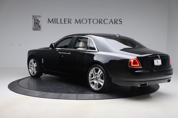 Used 2015 Rolls-Royce Ghost for sale $156,900 at Alfa Romeo of Greenwich in Greenwich CT 06830 5