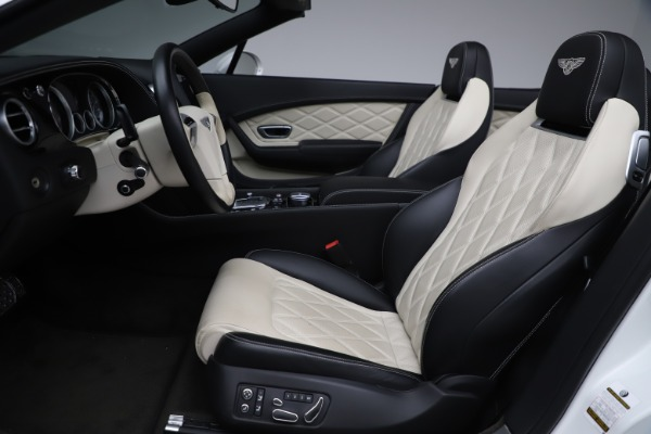 Used 2014 Bentley Continental GTC V8 for sale $109,900 at Alfa Romeo of Greenwich in Greenwich CT 06830 27