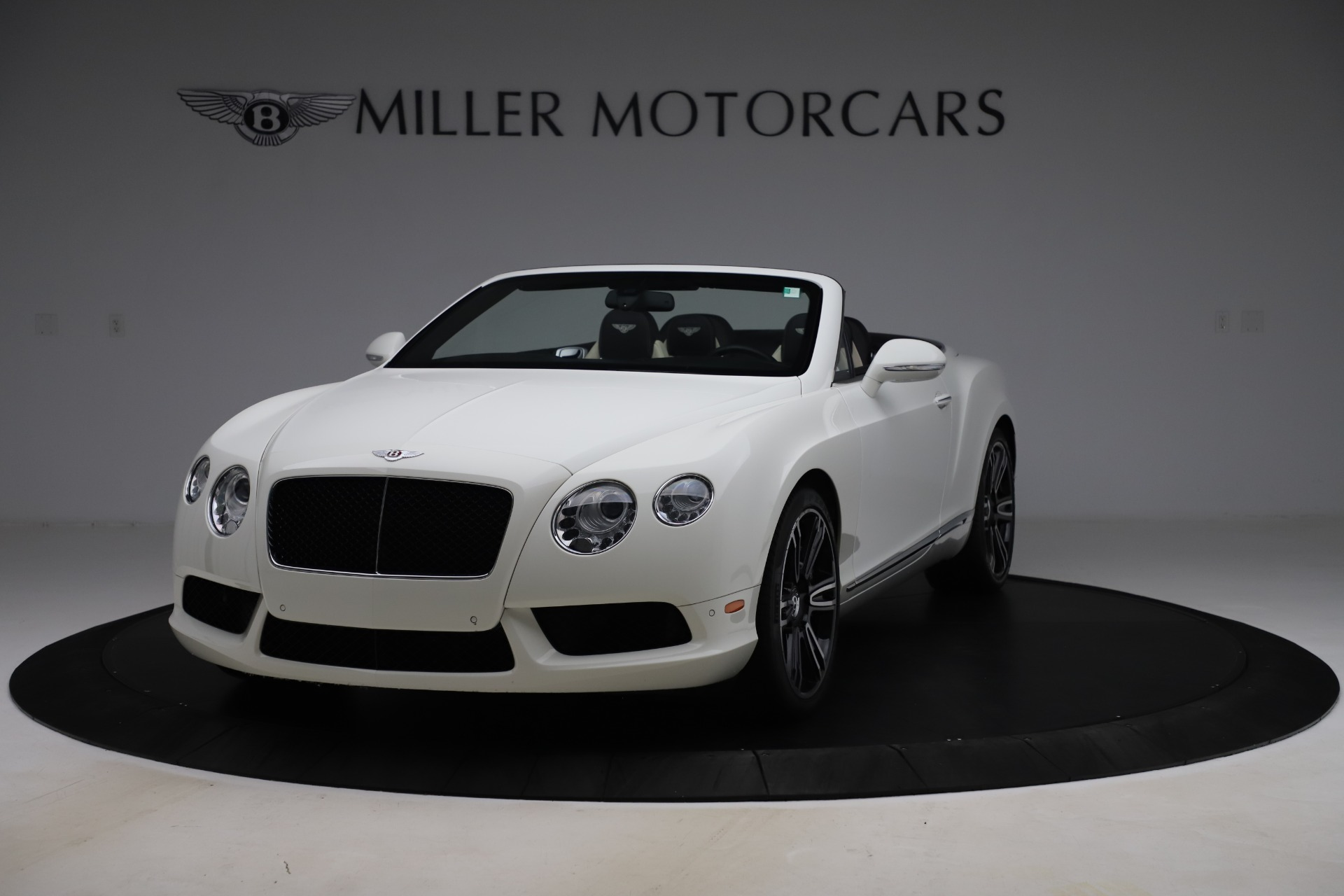 Used 2014 Bentley Continental GTC V8 for sale $109,900 at Alfa Romeo of Greenwich in Greenwich CT 06830 1