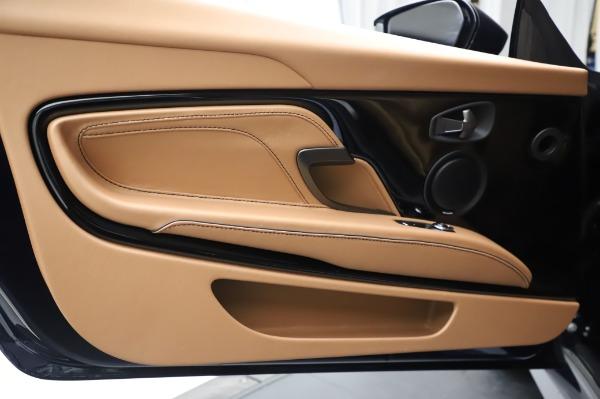 New 2020 Aston Martin DBS Superleggera Coupe for sale $338,286 at Alfa Romeo of Greenwich in Greenwich CT 06830 17