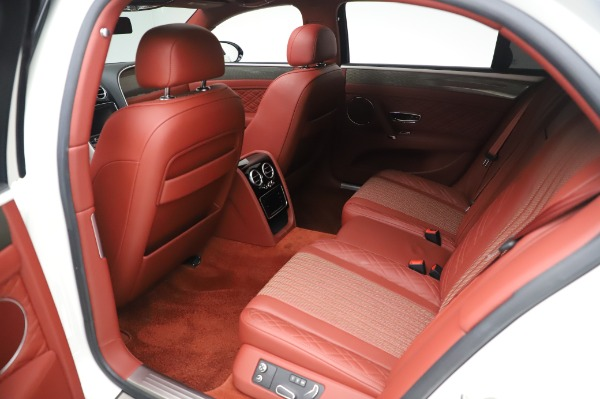 Used 2018 Bentley Flying Spur V8 S for sale $149,900 at Alfa Romeo of Greenwich in Greenwich CT 06830 24
