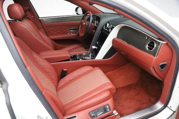 Used 2018 Bentley Flying Spur V8 S for sale $149,900 at Alfa Romeo of Greenwich in Greenwich CT 06830 27