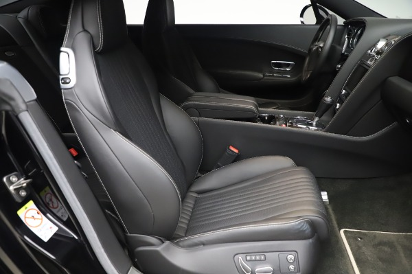 Used 2016 Bentley Continental GT W12 for sale $119,900 at Alfa Romeo of Greenwich in Greenwich CT 06830 23