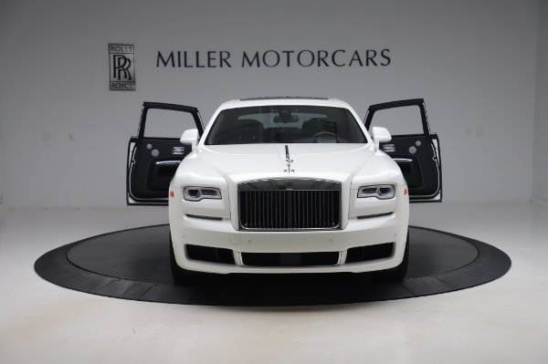 Used 2018 Rolls-Royce Ghost for sale $247,900 at Alfa Romeo of Greenwich in Greenwich CT 06830 10