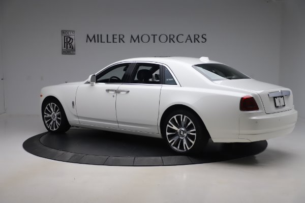 Used 2018 Rolls-Royce Ghost for sale $247,900 at Alfa Romeo of Greenwich in Greenwich CT 06830 5