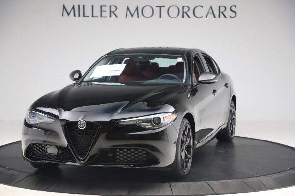 New 2020 Alfa Romeo Giulia Q4 for sale $48,445 at Alfa Romeo of Greenwich in Greenwich CT 06830 1