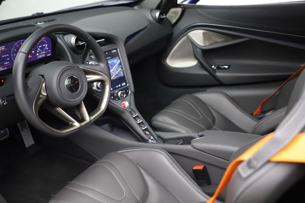 Used 2018 McLaren 720S Luxury for sale Call for price at Alfa Romeo of Greenwich in Greenwich CT 06830 16