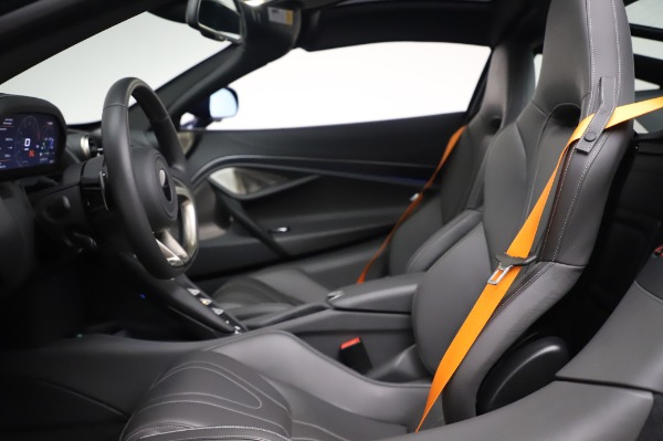 Used 2018 McLaren 720S Luxury for sale Call for price at Alfa Romeo of Greenwich in Greenwich CT 06830 17