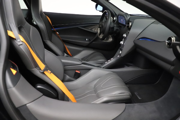 Used 2018 McLaren 720S Luxury for sale Call for price at Alfa Romeo of Greenwich in Greenwich CT 06830 21
