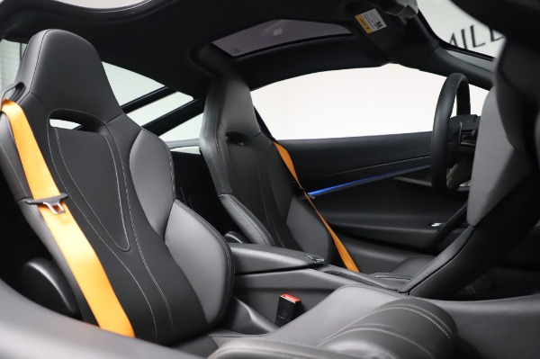 Used 2018 McLaren 720S Luxury for sale Call for price at Alfa Romeo of Greenwich in Greenwich CT 06830 22