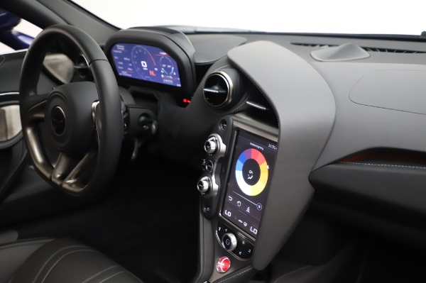 Used 2018 McLaren 720S Luxury for sale Call for price at Alfa Romeo of Greenwich in Greenwich CT 06830 25