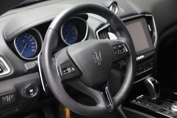 Used 2017 Maserati Ghibli S Q4 for sale $41,900 at Alfa Romeo of Greenwich in Greenwich CT 06830 16
