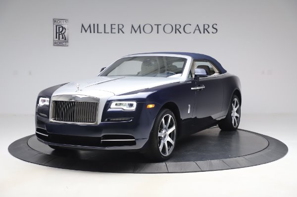 Used 2017 Rolls-Royce Dawn Base for sale $248,900 at Alfa Romeo of Greenwich in Greenwich CT 06830 13