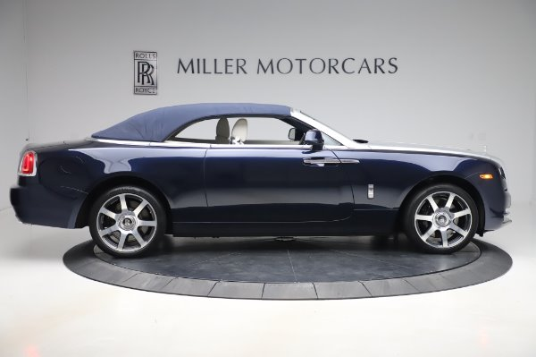 Used 2017 Rolls-Royce Dawn Base for sale $248,900 at Alfa Romeo of Greenwich in Greenwich CT 06830 18