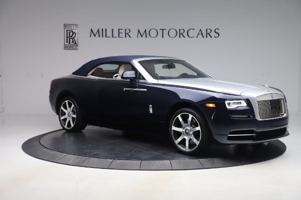 Used 2017 Rolls-Royce Dawn for sale Sold at Alfa Romeo of Greenwich in Greenwich CT 06830 19
