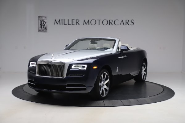 Used 2017 Rolls-Royce Dawn Base for sale $248,900 at Alfa Romeo of Greenwich in Greenwich CT 06830 3