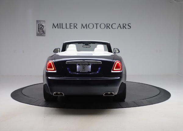 Used 2017 Rolls-Royce Dawn Base for sale $248,900 at Alfa Romeo of Greenwich in Greenwich CT 06830 7