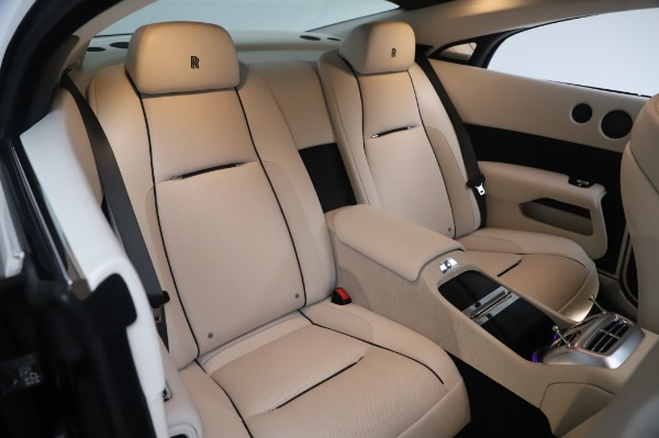 Used 2015 Rolls-Royce Wraith Base for sale Sold at Alfa Romeo of Greenwich in Greenwich CT 06830 15