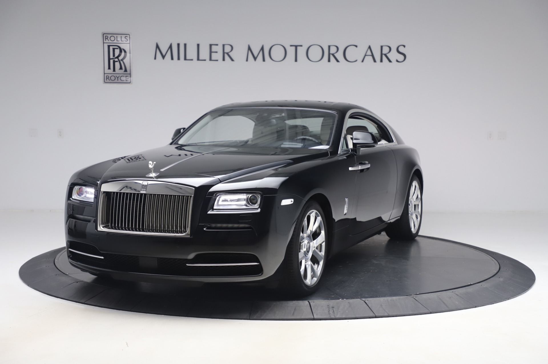 Used 2015 Rolls-Royce Wraith Base for sale $178,900 at Alfa Romeo of Greenwich in Greenwich CT 06830 1