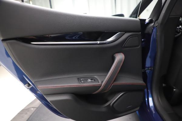 New 2020 Maserati Ghibli S Q4 GranSport for sale $94,935 at Alfa Romeo of Greenwich in Greenwich CT 06830 21