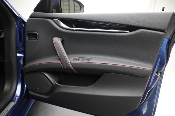New 2020 Maserati Ghibli S Q4 GranSport for sale $94,935 at Alfa Romeo of Greenwich in Greenwich CT 06830 25
