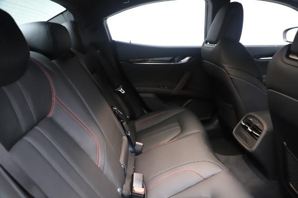 New 2020 Maserati Ghibli S Q4 GranSport for sale $94,935 at Alfa Romeo of Greenwich in Greenwich CT 06830 27