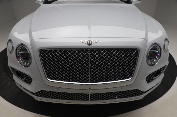 New 2020 Bentley Bentayga Hybrid for sale $226,695 at Alfa Romeo of Greenwich in Greenwich CT 06830 13