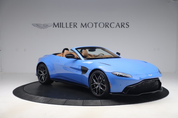 New 2021 Aston Martin Vantage Roadster for sale Call for price at Alfa Romeo of Greenwich in Greenwich CT 06830 10