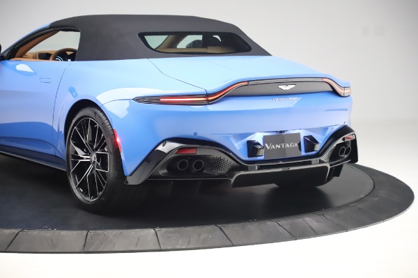New 2021 Aston Martin Vantage Roadster for sale Call for price at Alfa Romeo of Greenwich in Greenwich CT 06830 25