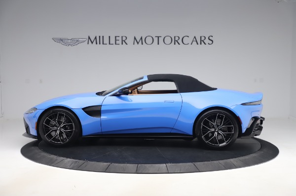 New 2021 Aston Martin Vantage Roadster for sale Call for price at Alfa Romeo of Greenwich in Greenwich CT 06830 27