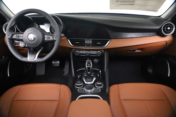 New 2020 Alfa Romeo Giulia Q4 for sale $45,445 at Alfa Romeo of Greenwich in Greenwich CT 06830 16