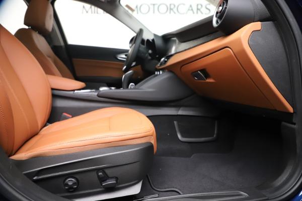 New 2020 Alfa Romeo Giulia Q4 for sale $45,445 at Alfa Romeo of Greenwich in Greenwich CT 06830 23