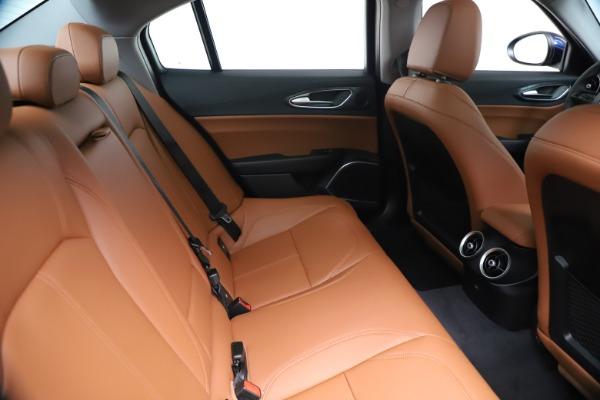 New 2020 Alfa Romeo Giulia Q4 for sale $45,445 at Alfa Romeo of Greenwich in Greenwich CT 06830 27