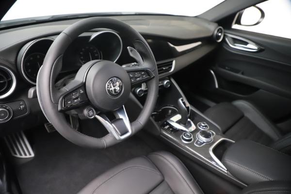 New 2020 Alfa Romeo Giulia Ti Sport Carbon Q4 for sale $51,640 at Alfa Romeo of Greenwich in Greenwich CT 06830 13