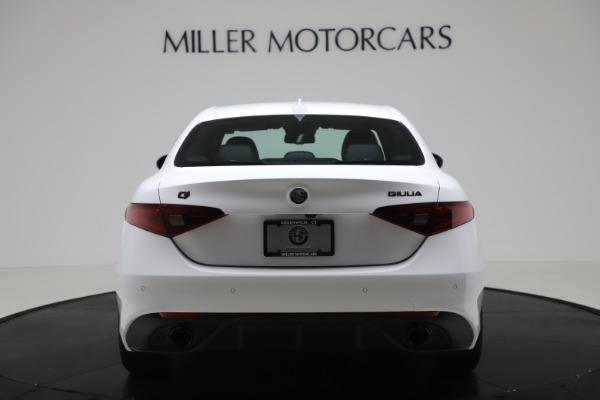 New 2020 Alfa Romeo Giulia Ti Sport Carbon Q4 for sale $51,640 at Alfa Romeo of Greenwich in Greenwich CT 06830 6