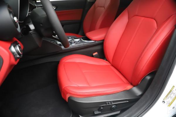 New 2020 Alfa Romeo Giulia Q4 for sale $44,845 at Alfa Romeo of Greenwich in Greenwich CT 06830 15
